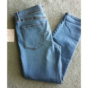 NWT FREE PEOPLE JEANS SIZE 29